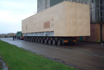 Loading Modules to Vessel - Puerto Rico